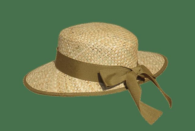 tenue d'été avec un chapeau de paille