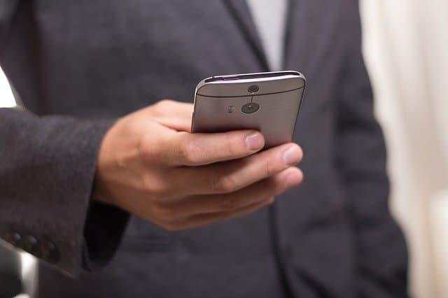 Avec quelle application envoyer un sms anonyme